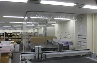 簡易クリーンブース・間仕切りブースの生地 糸入り透明ビニールカーテン