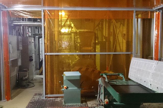 製造業(工場内)の簡易クリーンブース・間仕切りブース