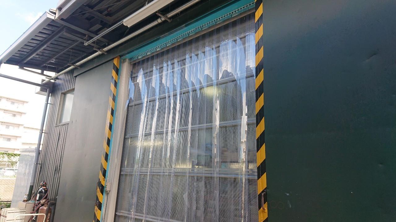 施工事例のれん式ビニールカーテン